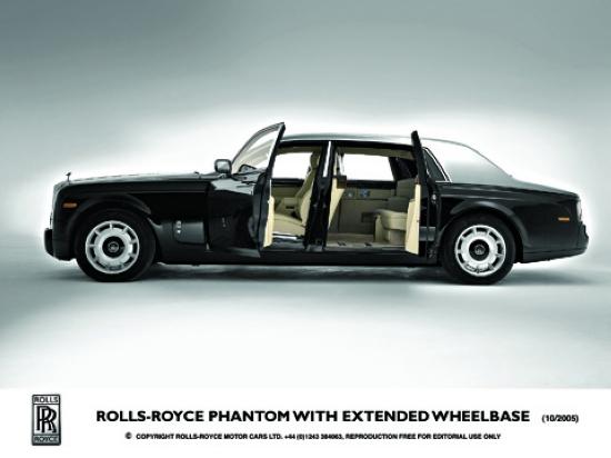 劳斯莱斯幻影加长版 rolls-royce phantom with extended wheel