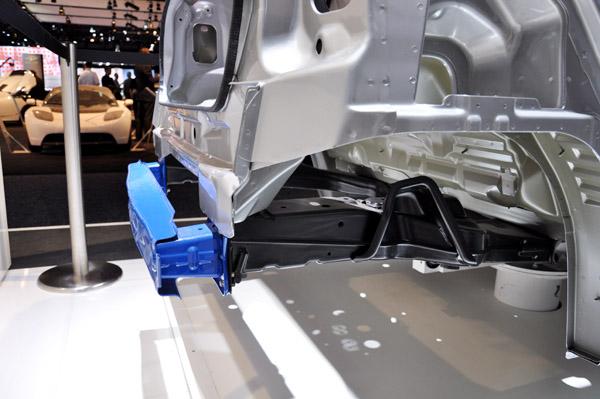 从smart看微车车身结构设计
