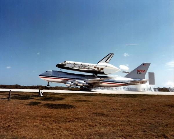 可以运输航天飞机的波音747机型
