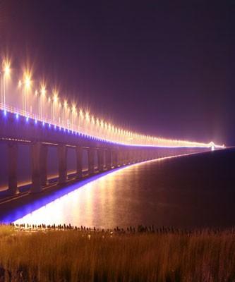 """去芦潮港东海大桥,这可是我国的第一座跨海大桥啊,敢于吃螃蟹的""""第"""